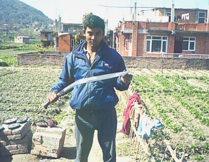 Kumar with 30in Kumar-Kobra khukuri